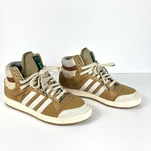 Adidas Skywalker Hi Top Sneaker Men 6.5/ Women 7.5